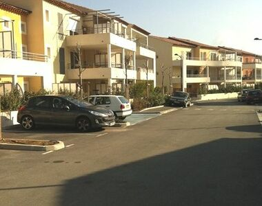Renting Apartment 3 rooms 70m² Hyères (83400) - photo