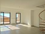Sale Apartment 5 rooms 138m² HYERES - Photo 2