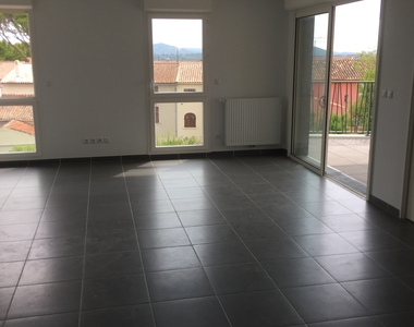 Renting Apartment 4 rooms 85m² La Farlède (83210) - photo