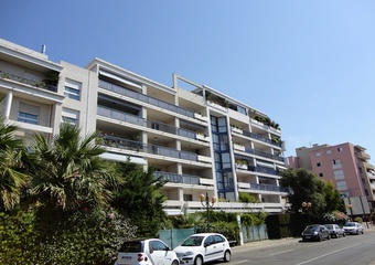 Renting Apartment 2 rooms 66m² La Garde (83130) - Photo 1