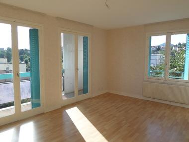 Location Appartement 3 pièces 64m² Clermont-Ferrand (63000) - photo