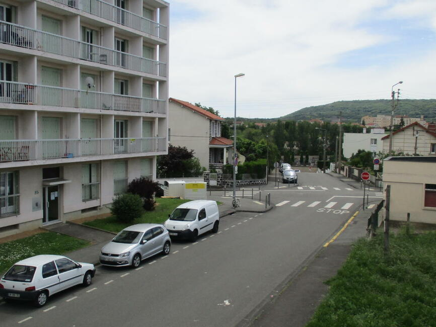 Vente appartement 2 pi ces clermont ferrand 63000 265331 for Vente appartement atypique clermont ferrand