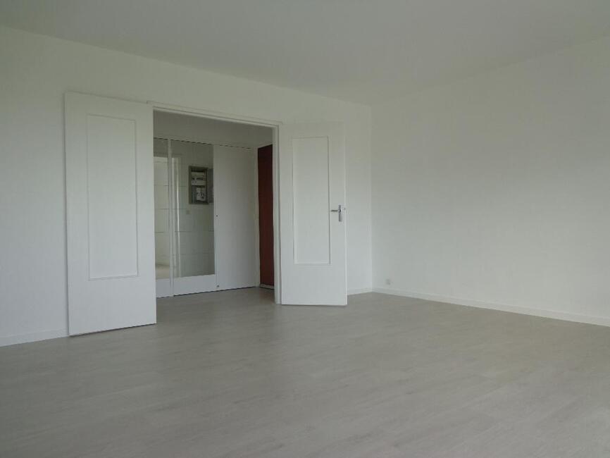 vente appartement 4 pi ces orl ans 45000 270799. Black Bedroom Furniture Sets. Home Design Ideas
