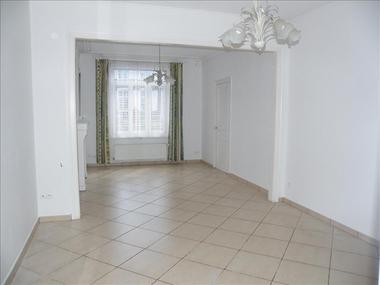 Location Maison 5 pièces 94m² Herzeele (59470) - photo