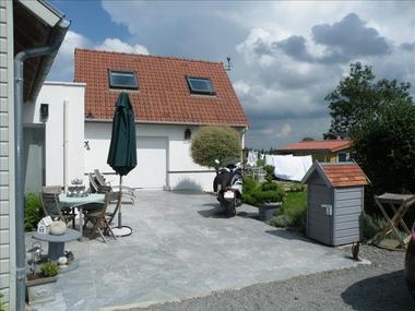 Location Maison 4 pièces 114m² Bollezeele (59470) - photo