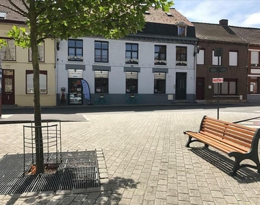 Location Fonds de commerce 45m² Steenvoorde (59114) - photo