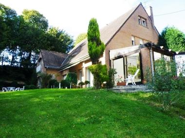 Vente Maison 9 pièces 170m² Cassel (59670) - photo