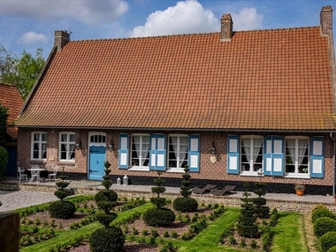 Vente Maison 7 pièces 200m² Cassel (59670) - photo