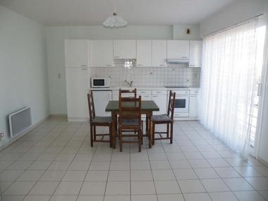 Location Appartement 2 pièces 30m² Hazebrouck (59190) - photo