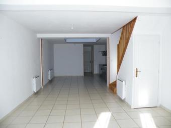 Location Maison 4 pièces 94m² Wormhout (59470) - photo