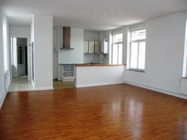 Vente Appartement 4 pièces 76m² Steenvoorde (59114) - photo
