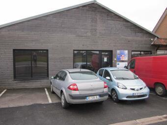 Location Bureaux 90m² Socx (59380) - Photo 1