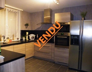 Vente Maison 5 pièces 82m² Steenvoorde (59114) - photo