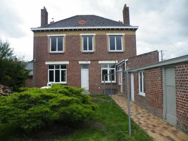 Location Maison 7 pièces 158m² Bambecque (59470) - photo