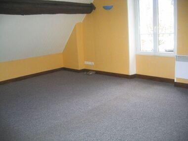 Location Appartement 1 pièce 35m² Saint-Ay (45130) - photo