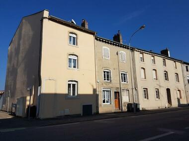 Location Appartement 4 pièces 69m² Lunéville (54300) - photo