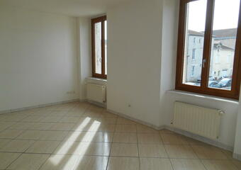 Location Appartement 3 pièces 56m² Toul (54200) - photo