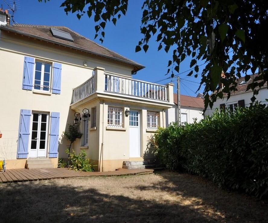 Vente Maison 7 pièces 150m² Bruyères-le-Châtel (91680) - photo
