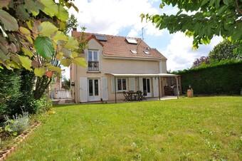 Vente Maison 7 pièces 142m² Bruyères-le-Châtel (91680) - Photo 1