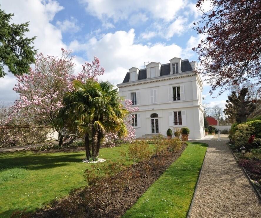 Vente Maison 9 pièces 240m² Saint-Germain-lès-Arpajon (91180) - photo