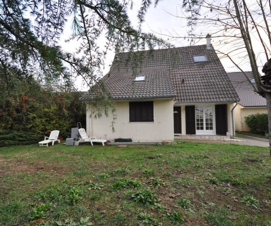 Vente Maison 8 pièces 143m² Breuillet (91650) - photo