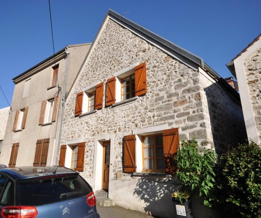 Vente Maison 7 pièces 155m² Bruyères-le-Châtel (91680) - photo