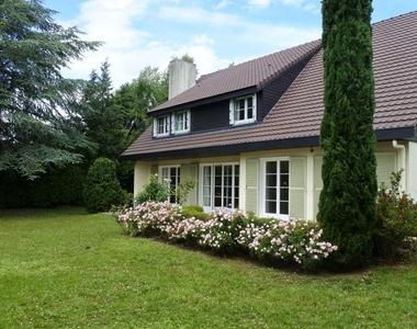 Location Maison 7 pièces 229m² Chavenay (78450) - photo