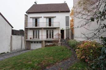 Vente Maison 10 pièces 320m² Nanterre (92000) - photo