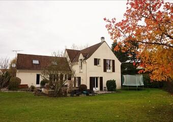 Location Maison 8 pièces 240m² Saint-Nom-la-Bretèche (78860) - photo