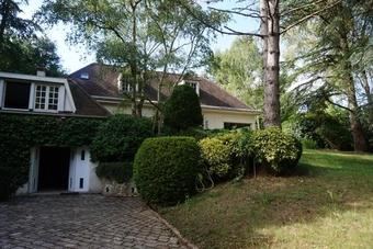 Location Maison 8 pièces 246m² Villepreux (78450) - photo