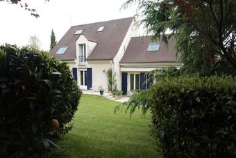 Vente Maison 8 pièces 223m² Saint-Nom-la-Bretèche (78860) - photo