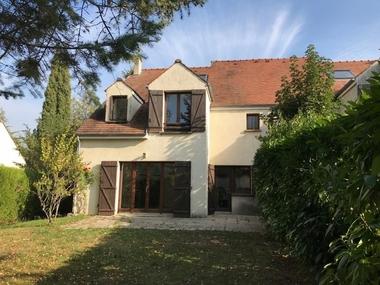 Location Maison 7 pièces 180m² Saint-Nom-la-Bretèche (78860) - photo