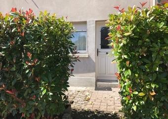 Location Appartement 1 pièce 40m² Saint-Nom-la-Bretèche (78860) - photo