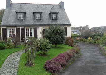 Sale House 6 rooms 120m² Bégard (22140) - photo