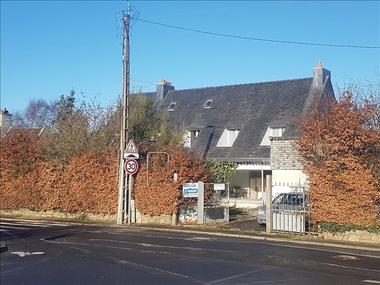 Sale House 11 rooms 208m² Ploulec'h (22300) - photo