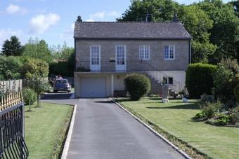 Sale House 4 rooms 72m² Plounévez-Moëdec (22810) - photo