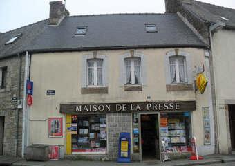 Sale House 4 rooms 92m² Plouaret (22420) - photo