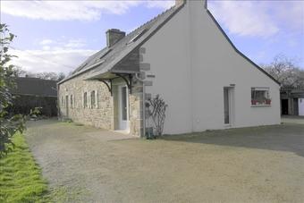 Sale House 6 rooms 130m² Plounévez-Moëdec (22810) - Photo 1