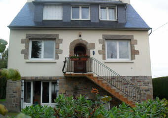 Sale House 7 rooms 140m² Ploumilliau (22300) - photo