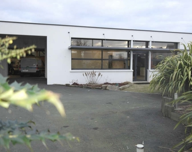 Vente Maison 7 pièces 450m² Ploubezre - photo