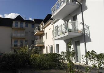 Sale Apartment 4 rooms 70m² Lannion (22300) - photo