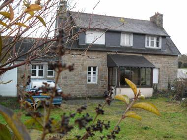 Sale House 6 rooms 80m² Trégrom (22420) - photo