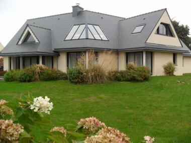 Sale House 9 rooms 250m² Ploubezre (22300) - photo
