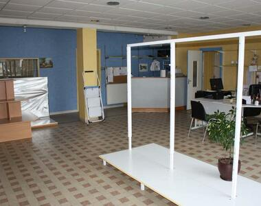 Sale House 6 rooms 160m² Belle-Isle-en-Terre (22810) - photo