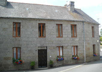 Sale House 7 rooms 120m² Belle-Isle-en-Terre (22810) - photo