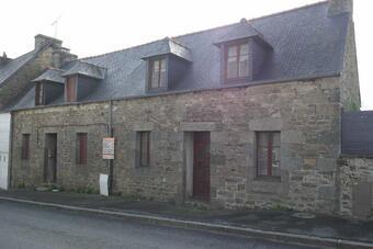 Sale House 7 rooms 110m² Plouaret (22420) - photo