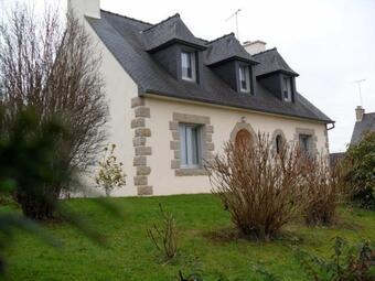 Sale House 6 rooms 135m² Plouaret (22420) - Photo 1