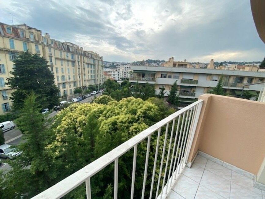Location Appartement 2 pièces 39m² Nice (06000) - photo