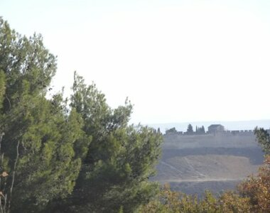 Sale Land 1 851m² villeneuve les avignon - photo