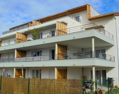 Sale Apartment 3 rooms 56m² Monteux (84170) - photo